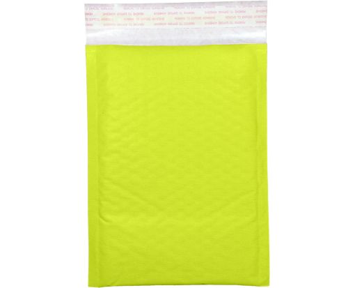 #000 LUX Kraft Bubble Mailer Envelopes Electric Green